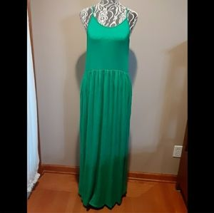 Gorgeous Maxi Dress w/ Pockets! Just Stunning!
